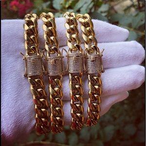 Jewelry - 💎  14k Gold Miami Cuban Link Diamond Bracelet 💎